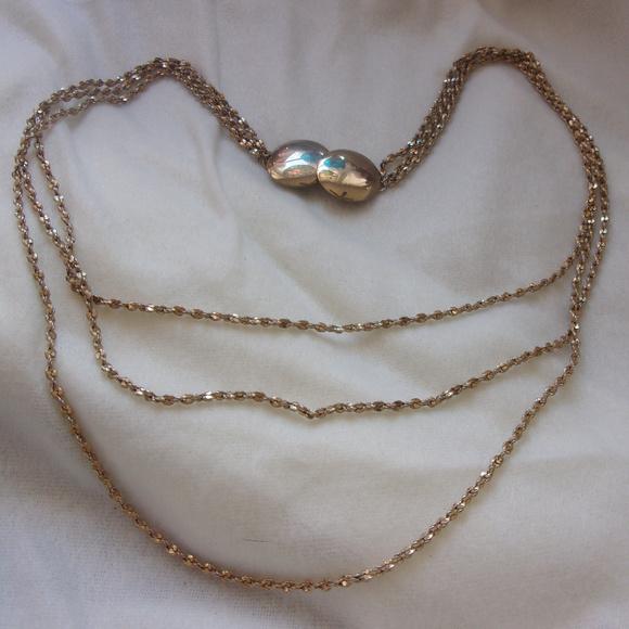 Pompeli retired lia sophia Necklace